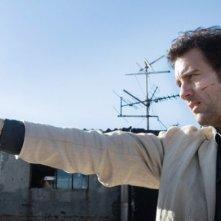 Clive Owen in un'immagine del film The International