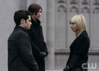 Taylor Momsen, Penn Badgley e John Patrick Amedori nell'episodio O Brother, Where Bart Thou? di Gossip Girl