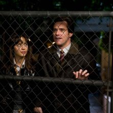 Zooey Deschanel e Jim Carrey in una scena del film Yes Man