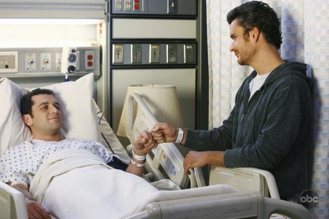 Matthew Rhys Insieme A Balthazar Getty In Un Momento Dell Episodio Just A Sliver Della Terza Stagione Di Brothers Sisters 99136