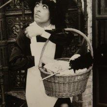 Giselda Castrini nel ruolo della cameriera Anna in Che cosa è successo tra mio padre e tua madre? di Billy Wilder