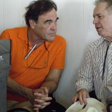 Il regista Oliver Stone e lo sceneggiatore Stanley Weiser sul set del film W.