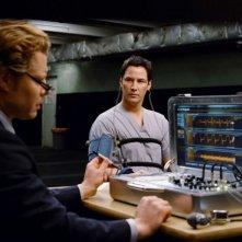 Keanu Reeves in una sequenza di Ultimatum alla Terra