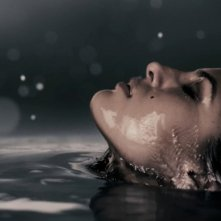L'affascinante Eva Mendes interpreta Sand Saref nel film The Spirit