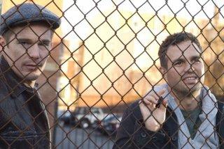 Ethan Hawke e Mark Ruffalo in una scena del film What Doesn't Kill You