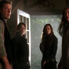 Una scena di gruppo dell'episodio Alpine Fields di The Sarah Connor Chronicles