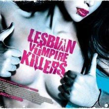 Una sexy immagine promozionale per il film Lesbian Vampire Killers