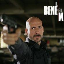 Gianmarco Tognazzi in un wallpaper della serie Il bene e il male