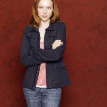Molly C. Quinn in una foto promozionale della serie Caslte