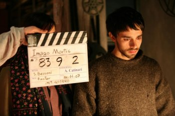 Alberto Amarilla sul set del film Imago Mortis
