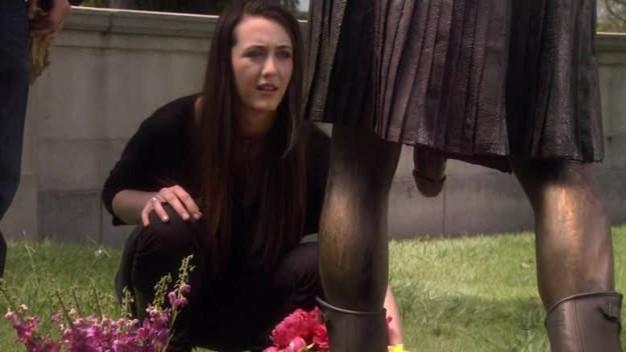 Madeline Zima In Una Scena Dell Episodio La Petite Mort Di Californication 100047