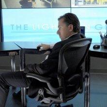 Tim Roth in una scena del pilot di Lie to Me
