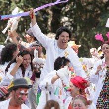 Francesco Venditti (al centro) in una scena del film tv Dottor Clown