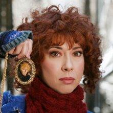 Veronica Pivetti nei panni di Beniamina Volò, simpatica aspirante Befana nel film tv miacarabefana.it