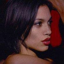 Rosario Dawson in un'immagine del film Extrema - Al limite della vendetta