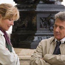 Emma Thompson e Dustin Hoffman in una scena del film Last Chance Harvey