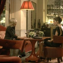 Glenn Close e Rose Byrne in una scena dell'episodio I lied, too di Damages