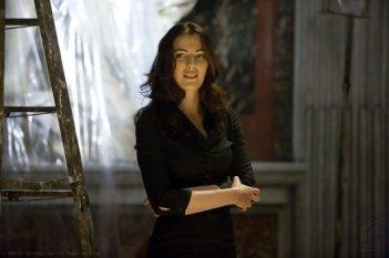 Ayelet Zurer nei panni di Vittoria Vetra in una scena del film Angeli e Demoni