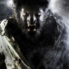 Ancora un'immagine del pericoloso uomo lupo protagonista di The Wolf Man