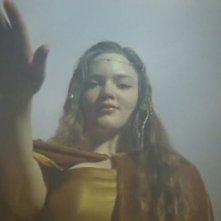 Holly Grainger in una scena dell'episodio Porte di Avalon della prima stagione della serie Merlin