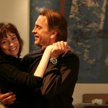 Tomas Arana e Stefania Rocca in una scena dell'episodio Inevitabile follia di Tutti pazzi per amore