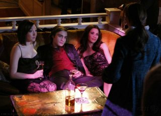 Ed Westwick e Leighton Meester in una scena dell'episodio In the Realm of Basses di Gossip Girl