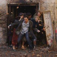 Helen Mirren, Brendan Fraser, Rafi Gavron, Eliza Bennett e Paul Bettany in una scena del film Inkheart - La leggenda di cuore d'inchiostro