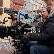 Il regista Iain Softley sul set del film Inkheart - La leggenda di cuore d'inchiostro