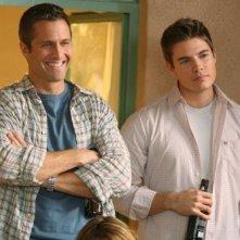 Rob Estes e Josh Henderson nell'episodio Hello, Goodbye, Amen di 90210
