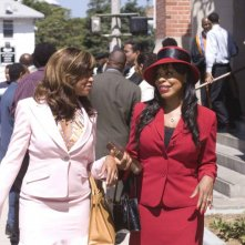 Taraji P. Henson e Niecy Nash in un'immagine del film Not Easily Broken