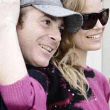 Il regista Luciano Melchionna e Micaela Ramazzotti sul set del film Ce n'è per tutti