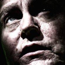 Un primo piano di Philip Glenister nella serie tv Demons