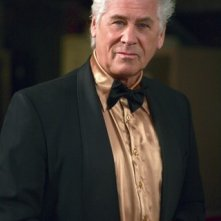 Barry Bostwick nell'episodio Criss Angel is a Douche Bag di Supernatural