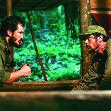 Demian Bichir e Benicio Del Toro in una scena del film Che - L'Argentino