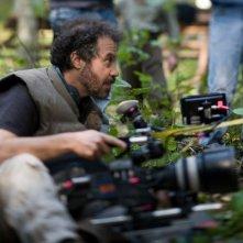 Il regista Edward Zwick sul set di film Defiance - I giorni del coraggio