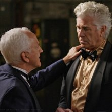 John Rubinstein e Barry Bostwick in una scena dell'episodio Criss Angel is a Douche Bag di Supernatural