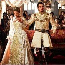 Jonathan Rhys Meyers e Anita Briem nella terza stagione della serie tv 'I Tudors'