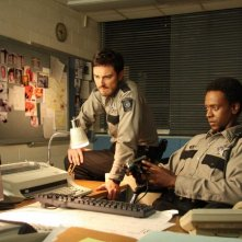 Kerr Smith ed Edi Gathegi in un'immagine del film My Bloody Valentine 3D