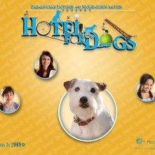 Un wallpaper del film Hotel Bau con Jake T. Austin, Emma Roberts e Kyla Pratt