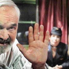 Zdenek Sverák in un'immagine del film Vuoti a rendere