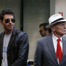 Giampaolo Morelli e Philippe Leroy in una scena della seconda stagione della serie tv L'ispettore Coliandro