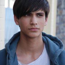 Luke Pasqualino è Freddie nella terza stagione della serie tv Skins