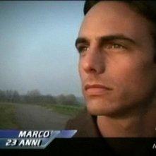 GF 9: primo piano di Marco Mazzanti in cui si nota una certa somiglianza con Tom Cruise