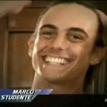 Un primo piano di Marco Mazzanti durante la sua presentazione nella prima puntata del Grande Fratello 9
