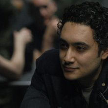 Alessandro Juliani in una scena dell'episodio A Disquiet Follows My Soul di Battlestar Galactica