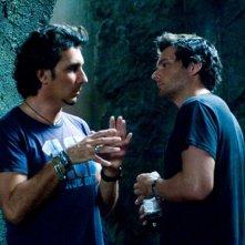 Il regista Patrick Tatopoulos e il soggettista-produttore Len Wiseman sul set del film Underworld: La ribellione dei Lycans