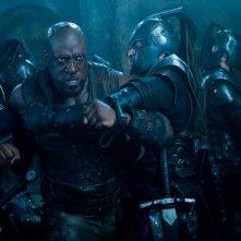Kevin Grevioux in una scena del film Underworld: La ribellione dei Lycans