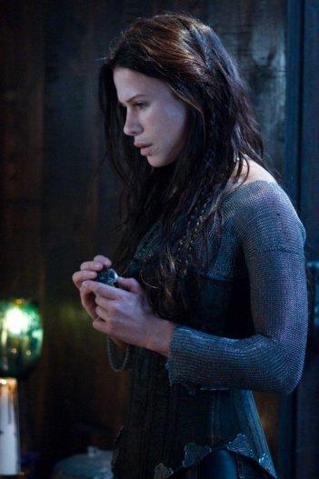 Rhona Mitra in una scena di Underworld: La ribellione dei Lycans