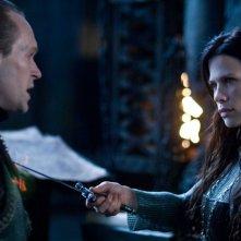 Steven Mackintosh e Rhona Mitra in un'immagine del film Underworld: La ribellione dei Lycans