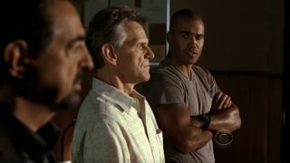 Joe Mantegna, Shemar Moore e Steve Rankin nell'episodio 'Soul Mates' della serie tv Criminal Minds